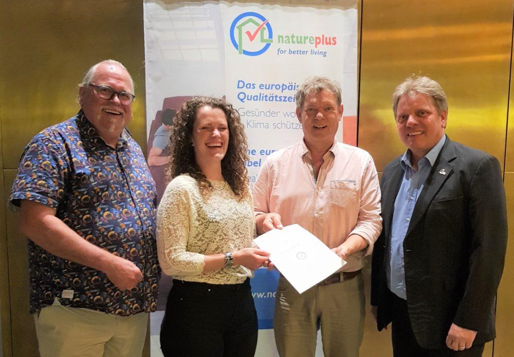 ondertekening Agrodome als partner van natureplus