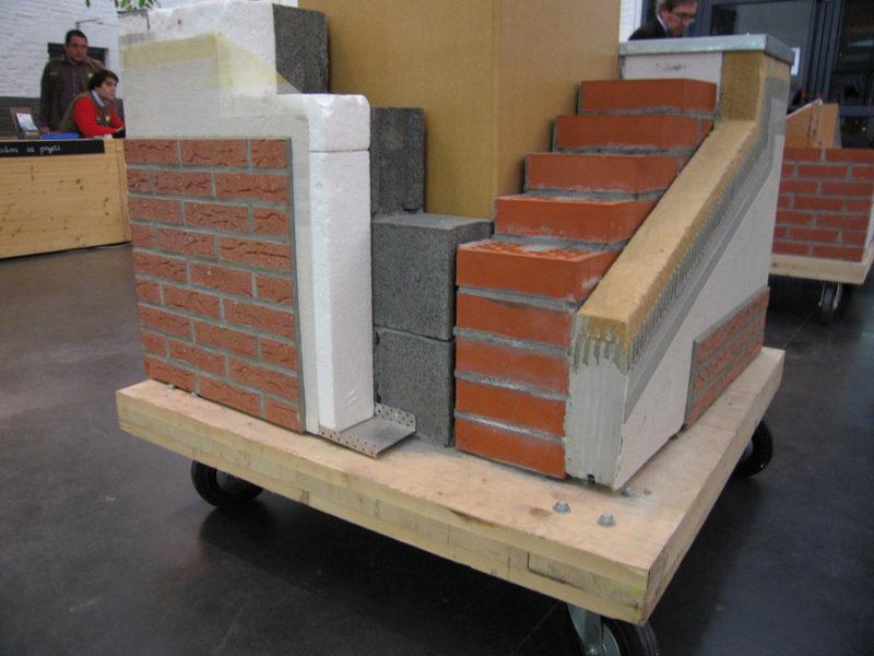 voorbeeld van een muur met ecologische isolatiematerialen (CD2e Lille)